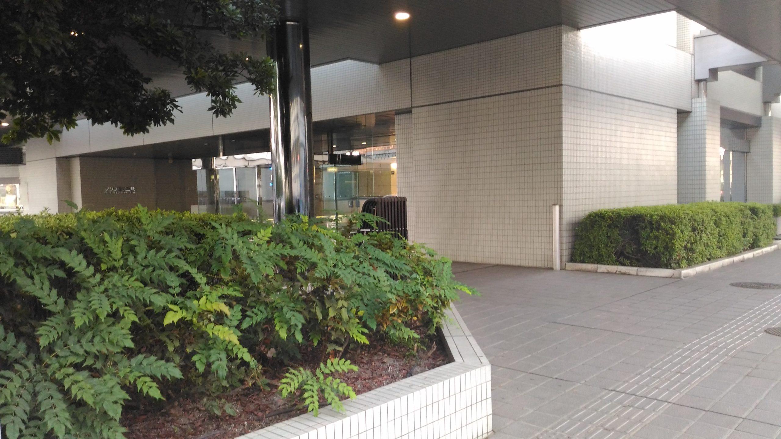 マツダ本社入口