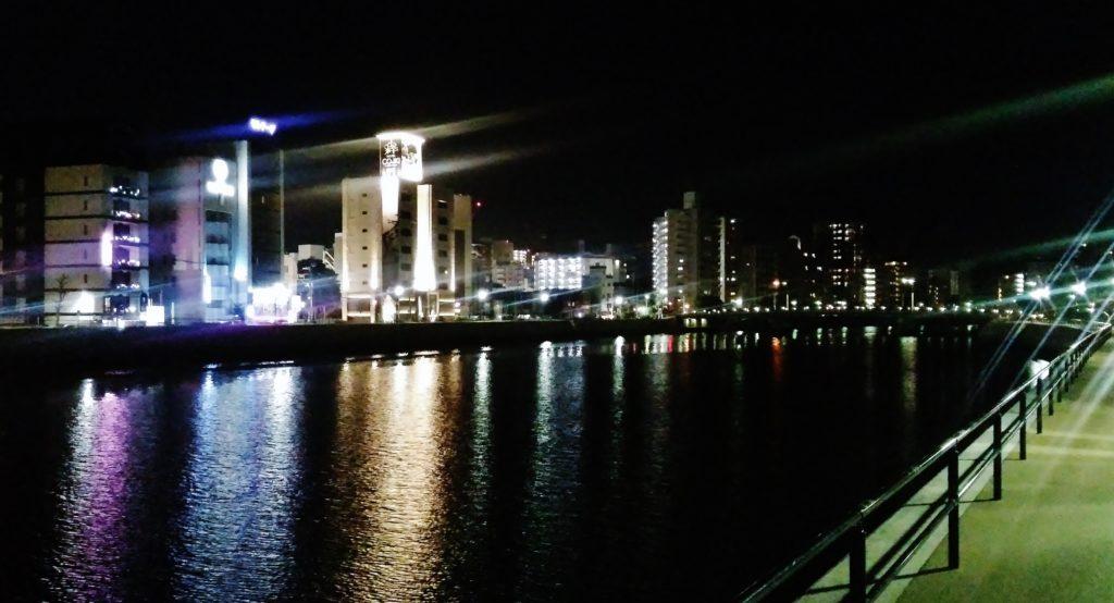 天満川沿いの夜景