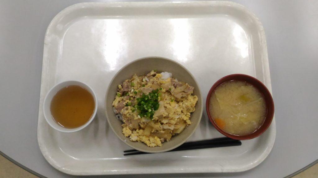 大原寮朝定食の豚丼
