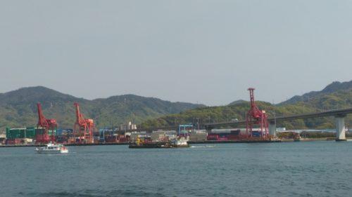 海田大橋と東部流通団地