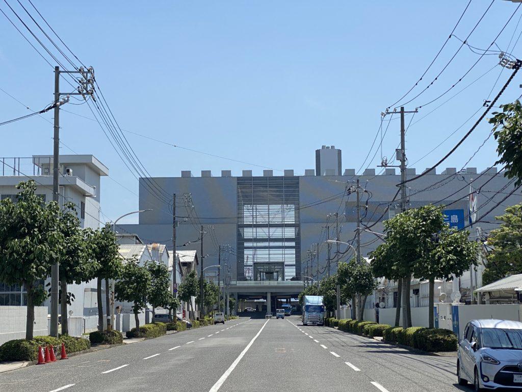広島市環境局中工場正面